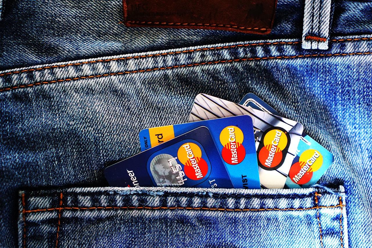 Entscheidungshilfe bei der Wahl einer Prepaid Kreditkarte