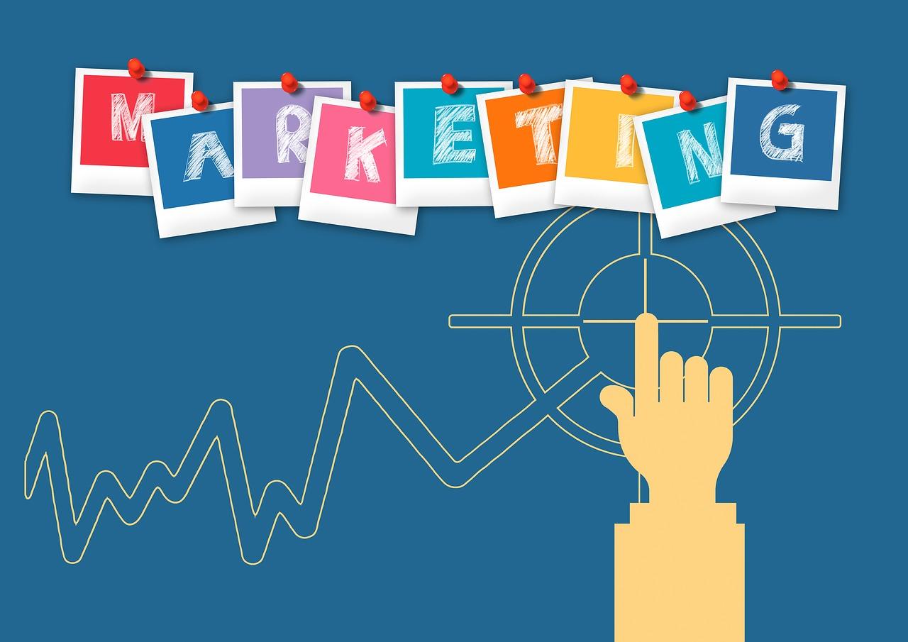 Alle Sinne überzeugen: Wie beeinflussen uns Werbemittel?